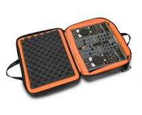 תיק צד - UDG Ultimate MIDI Controller SlingBag Medium Black/Orange